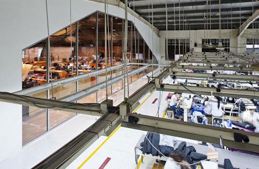 Thiết kế văn phòng trong nhà máy