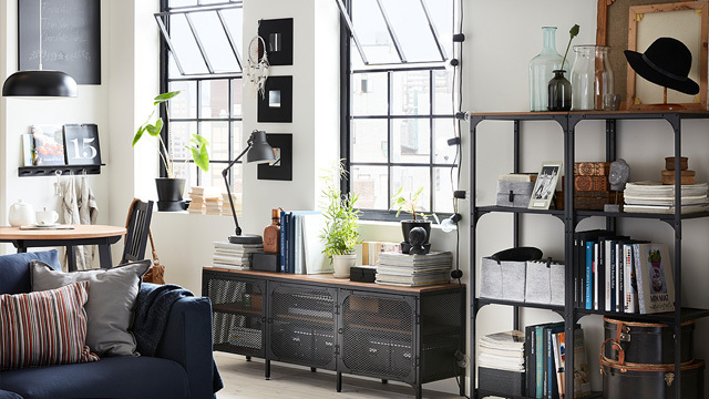 Trang trí phòng làm việc bằng kệ sách