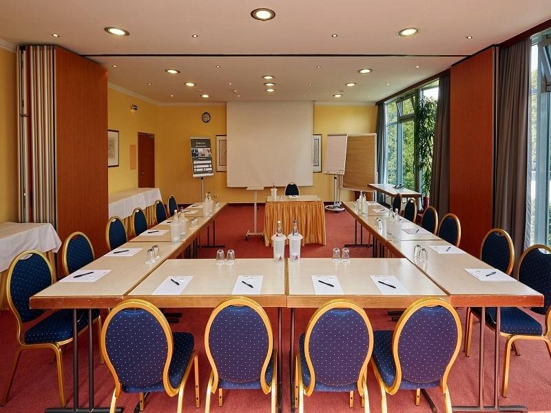 Mẫu thiết kế phòng họp sang trọng số 1